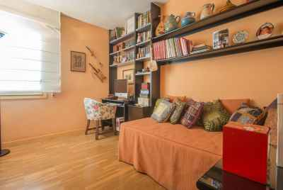 Spacious apartment in prestigious area of Sant Gervasi